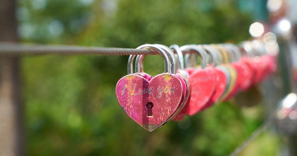 Millennial love_hearts